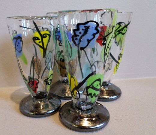 Bernstein Glass - Black Footed Wine Cups border=