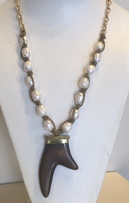 Sugarfoot Jewels - Pearl & Leather Horn Necklace