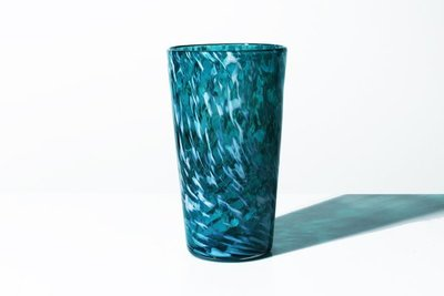 Title: Pint Glass - White Wisp , Medium: GLASS